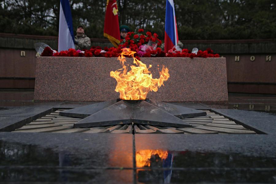Французские СМИ: Запад забыл об участии Красной армии в победе над фашизмом
