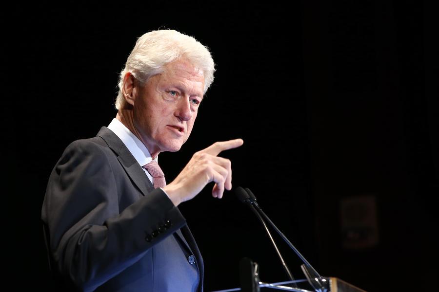 Билл Клинтон предложил создать правила слежки за мировыми лидерами