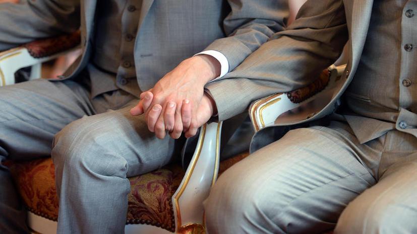 Американский политик: Бог насылает на США аутизм и слабоумие за признание однополых браков