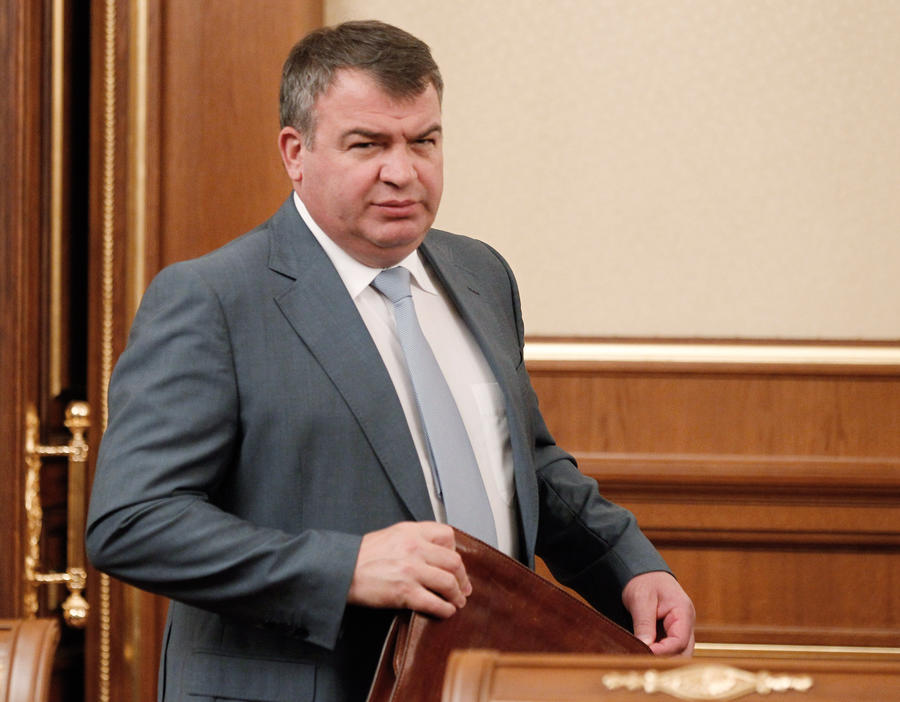 СКР продлил срок следствия по делу Анатолия Сердюкова