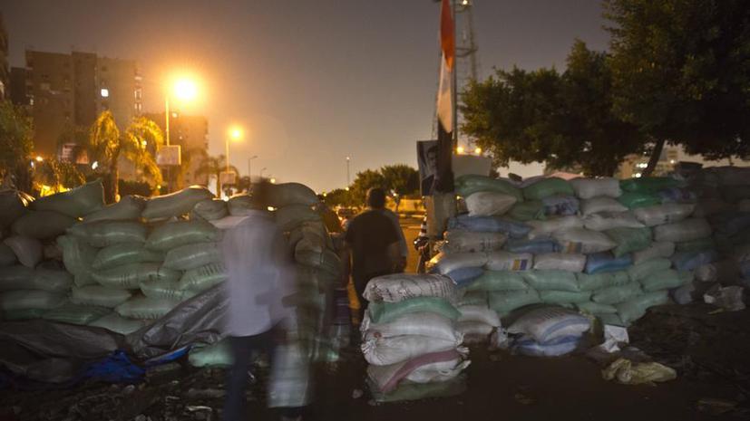 Во время митинга исламистов в Каире прорвало канализацию