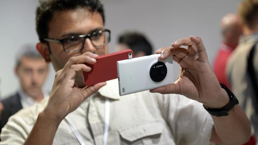 Эксперты рассказали, чем отличаются владельцы iPhone от обладателей Android и BlackBerry