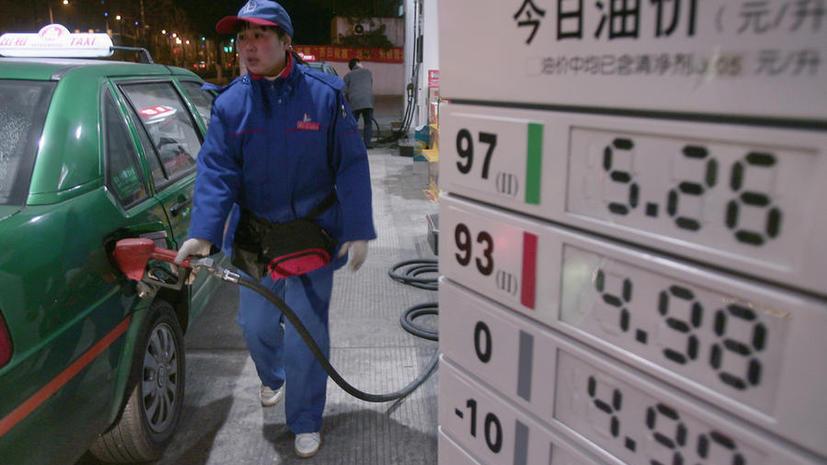 Догнать и перегнать Америку: китайцы обходят США по импорту нефти и производству авто