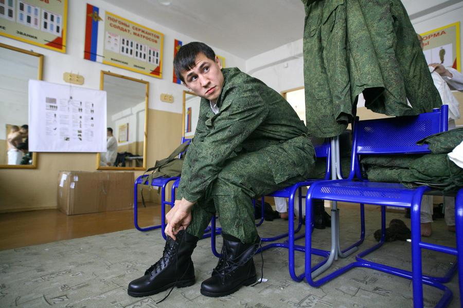 СМИ: Вечерникам могут дать отсрочку от армии
