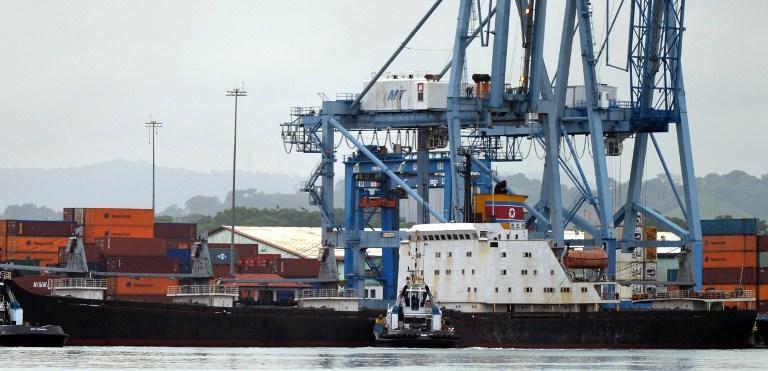 Власти Панамы сняли арест с задержанного северокорейского судна