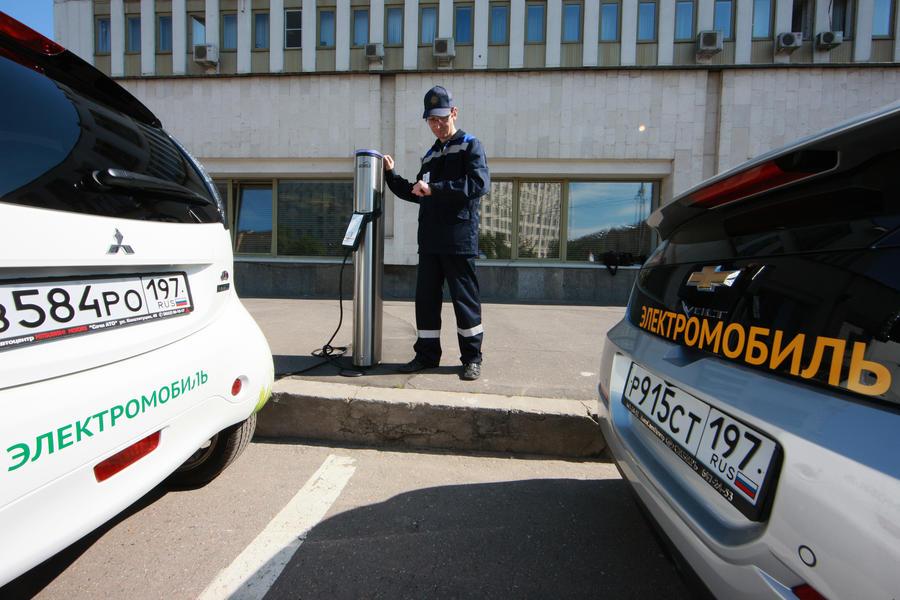 Электромобили подешевеют на 20%: Минпромторг поддержал отмену ввозных пошлин
