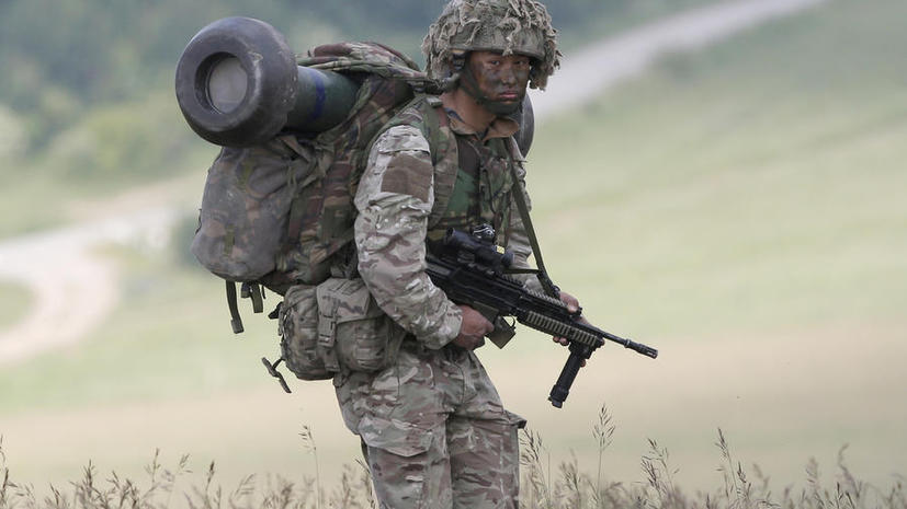 Великобритания отправит свои войска в Прибалтику для защиты от России