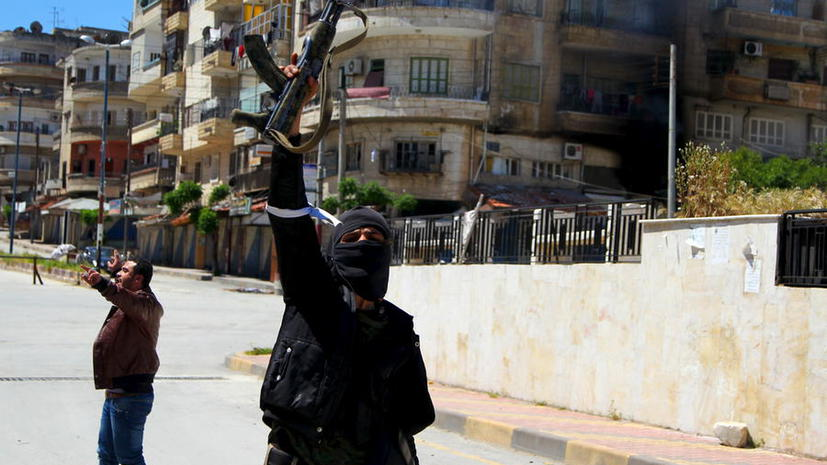 Обученные США бойцы сирийской оппозиции передали технику и боеприпасы «Аль-Каиде»