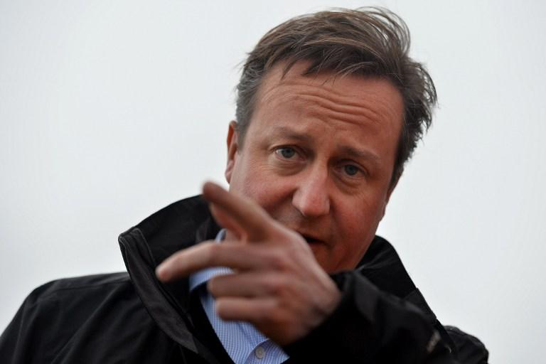 Дэвид Кэмерон сэкономит на социальных брошюрах для мигрантов