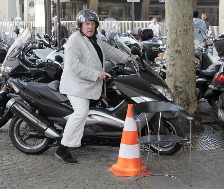Нетрезвый Жерар Депардье попал в аварию в Париже