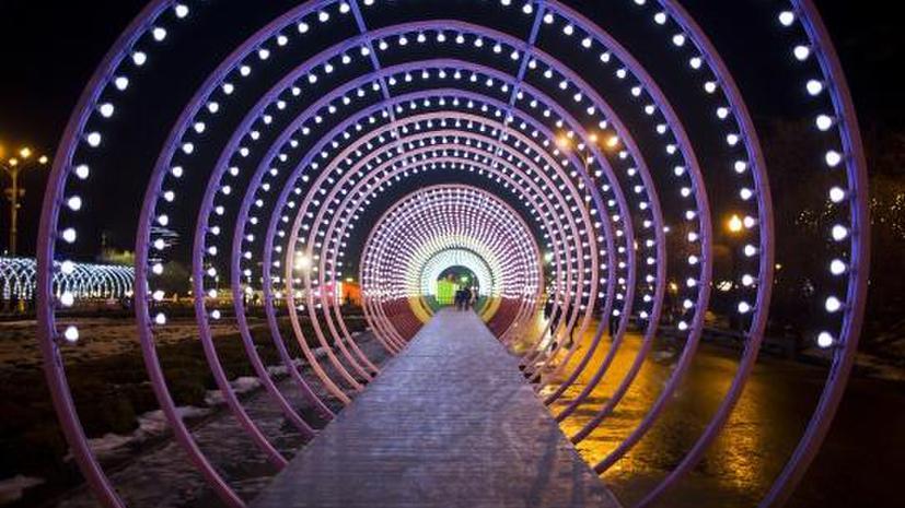 Инсталляция из «Щелкунчика» и ёлка-мороженое преобразят Парк Горького к Новому году