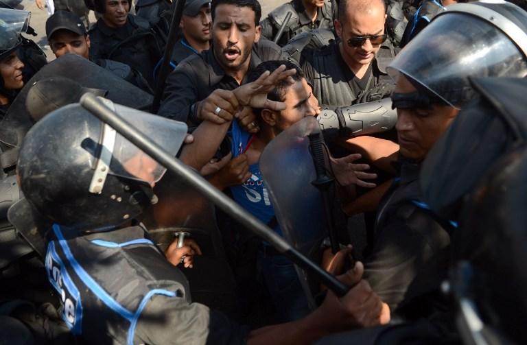 Новые столкновения в Каире: убит один человек