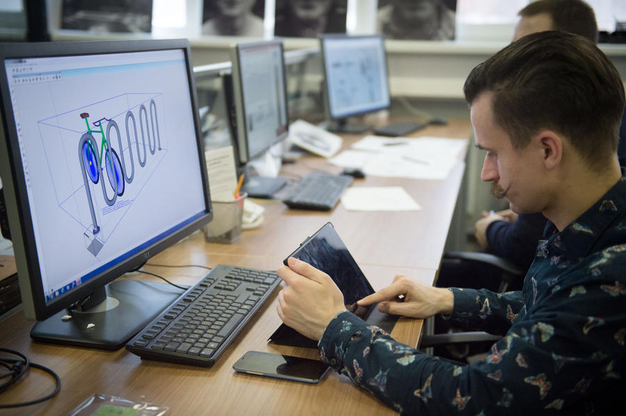 Минобрнауки РФ: Самыми высокооплачиваемыми выпускниками вузов стали специалисты по компьютерам