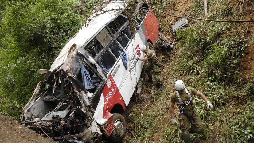 В Индии разбился пассажирский автобус, 37 погибших, среди пострадавших - россиянка