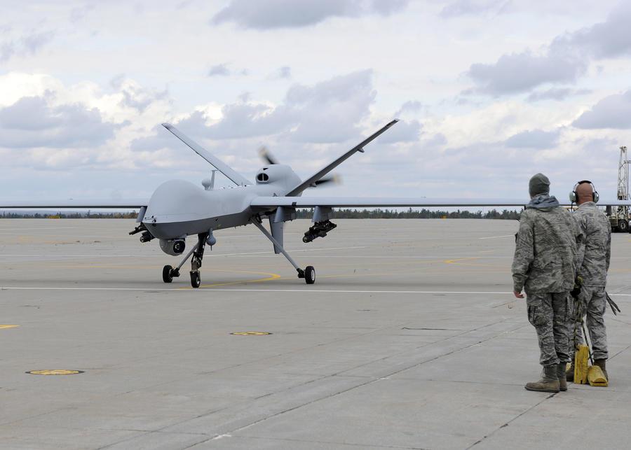 СМИ: США не откажутся от атак беспилотников, несмотря на признания Обамы