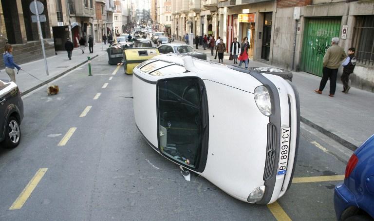 Начинающим водителям в Британии разрешат подвозить только родственников