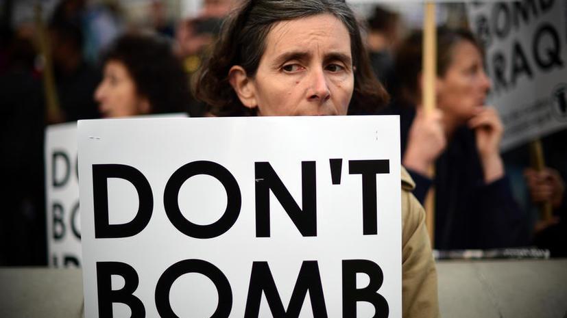 Британцы протестуют против участия Соединённого Королевства в авианалётах на Сирию