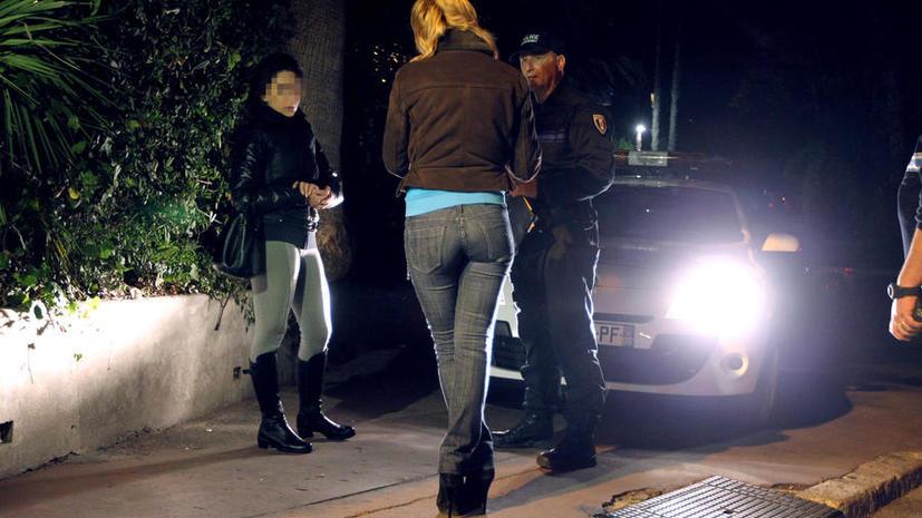 На Гавайских островах полицейские под прикрытием смогут пользоваться услугами проституток