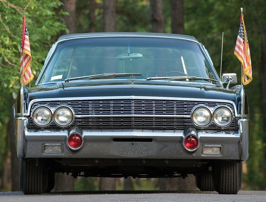 Лимузин Lincoln Джона Кеннеди выставят на торги