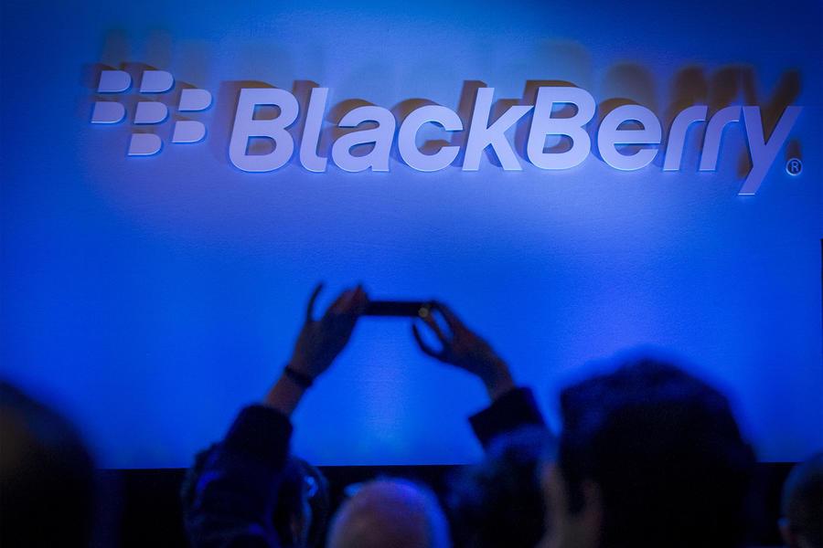 BlackBerry и Boeing разработают телефон с функцией самоуничтожения данных