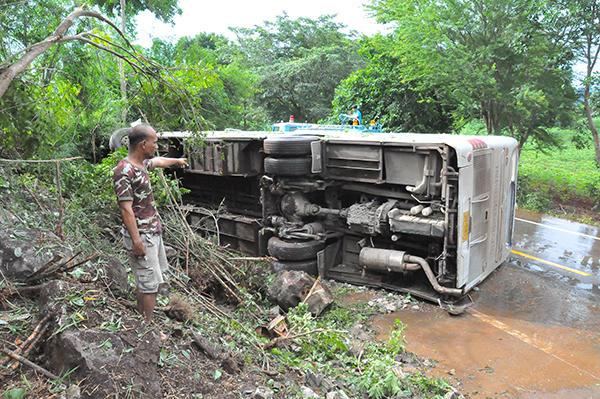 В Таиланде перевернулся автобус с российскими туристами: есть пострадавшие