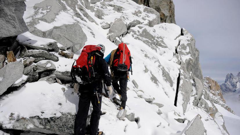 Альпинист обнаружил на Монблане коробку с драгоценностями стоимостью €246 тыс