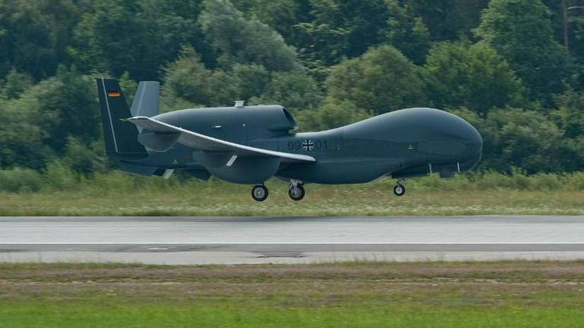 Немецкий дрон чуть не сбил пассажирский самолет над Афганистаном – секретные кадры просочились в Сеть