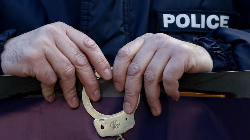 7-летний ребенок в США требует от полиции $250 млн из-за наручников