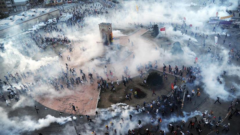 Правящая партия Турции предложила референдум по парку Гези