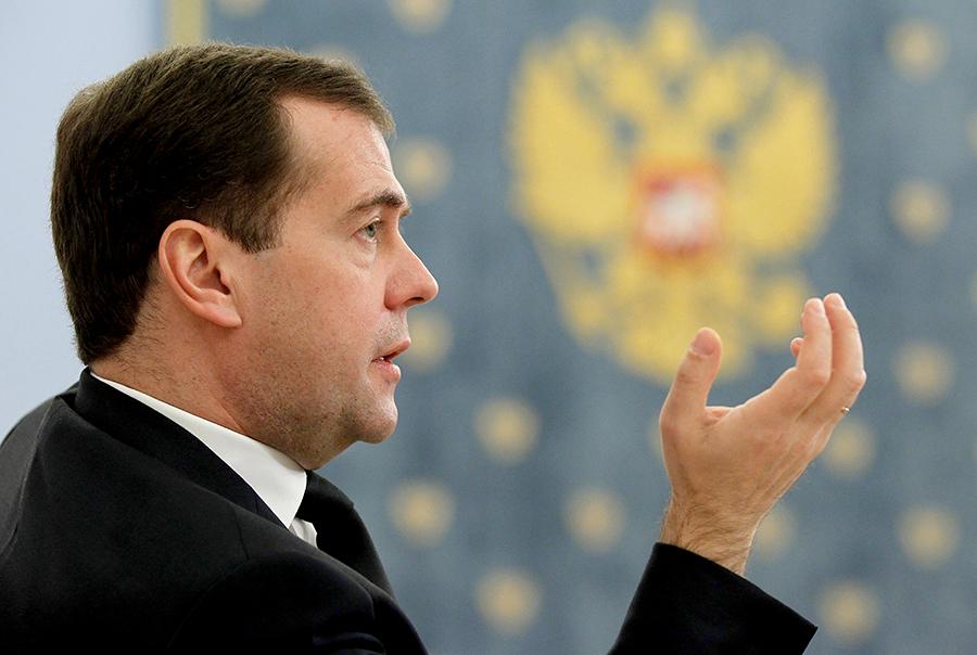 Дмитрий Медведев требует ужесточения наказаний для пьяных водителей