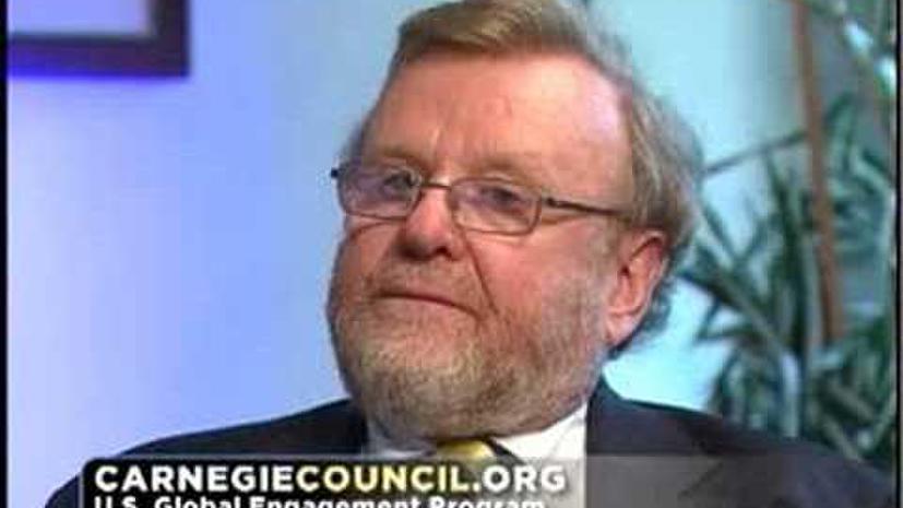 Эксперт: Украина должна действовать в соответствии с собственными интересами, а не интересами других стран