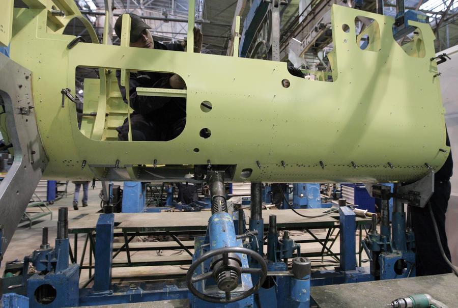 Сотрудники уральского завода продали секреты российской авиации в Колумбию