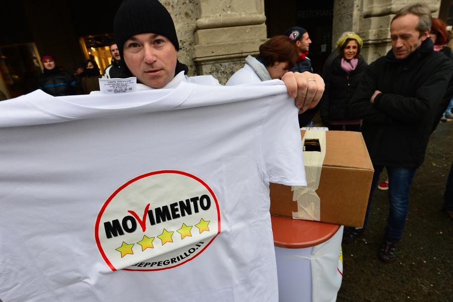 В Италии соратница депутата-комика восхваляет фашизм