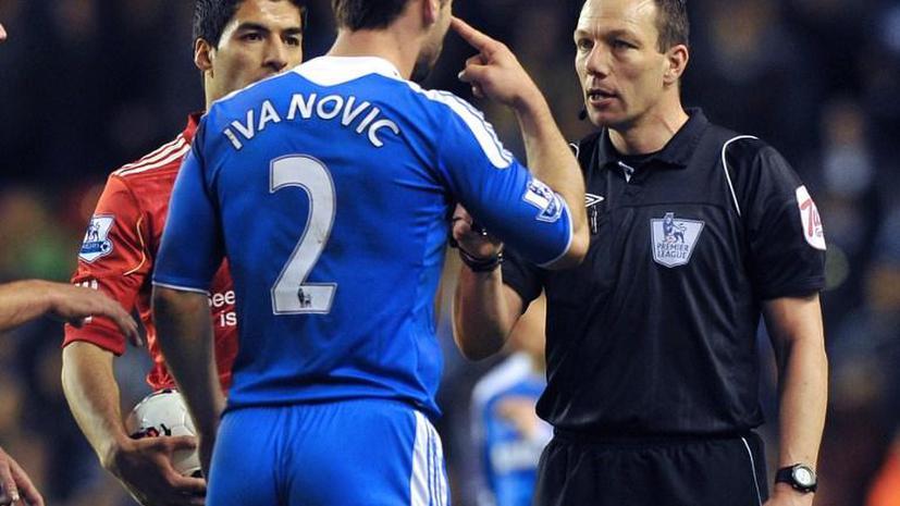 Нападающий «Ливерпуля» Суарес дисквалифицирован на 10 матчей за укус соперника
