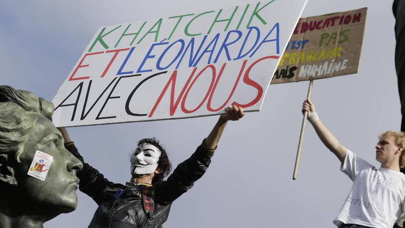 В Косово напали на семью школьницы, депортированной из Франции