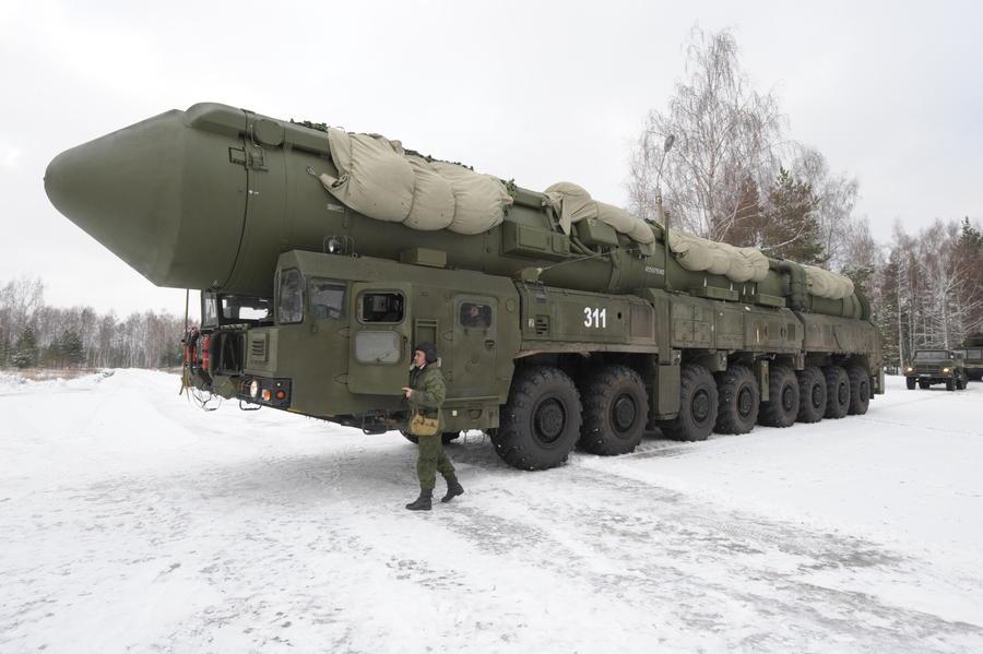 На опытно-боевое дежурство заступили два полка Ракетных войск стратегического назначения