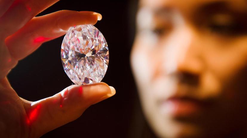 Крупнейший в мире бриллиант уйдёт с молотка