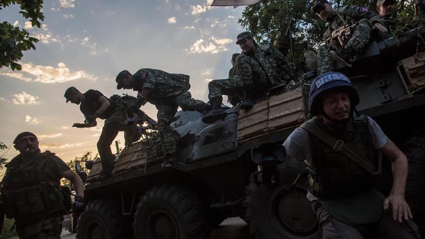 Ранен водитель съёмочной группы телеканала РЕН ТВ, попавшей под обстрел в Донбассе