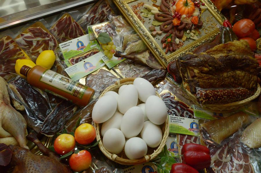 Японские СМИ: Торговые эмбарго лишь улучшат качество российских продуктов