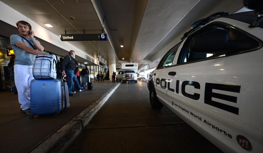 Бывший сотрудник аэропорта Лос-Анджелеса угрожал терактом в годовщину 11 сентября