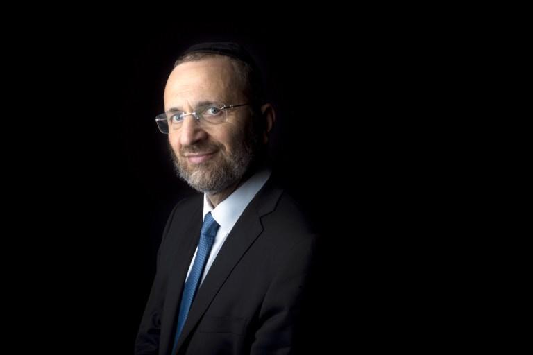 Главный раввин Франции подал в отставку из-за обвинений в плагиате