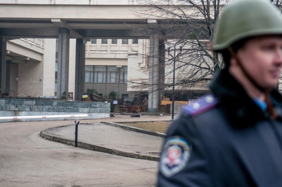 В парламенте Крыма проходит заседание президиума Верховного Совета