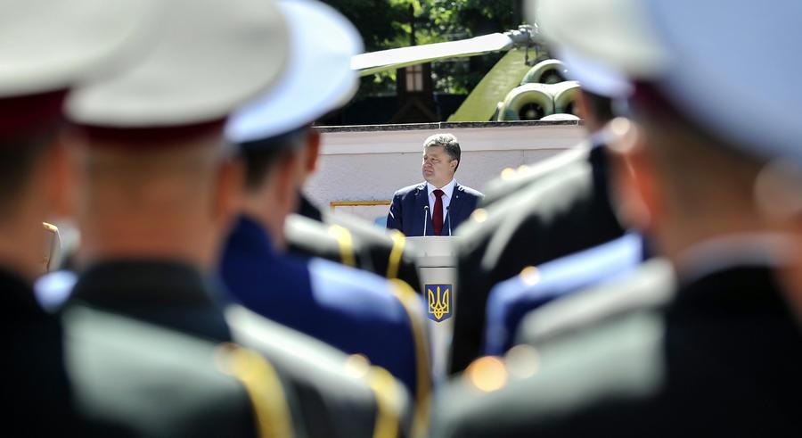 Пётр Порошенко: Донбасс нельзя вернуть силой