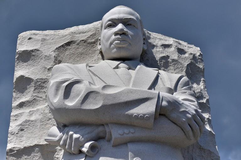 Дети Мартина Лютера Кинга не могут поделить Нобелевскую премию и Библию отца