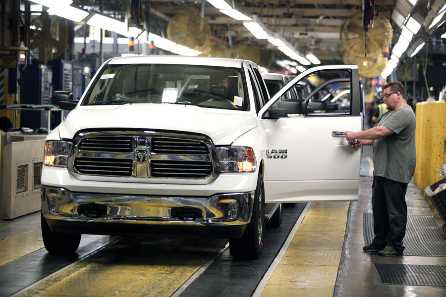 В 2014 году автопроизводители США отозвали 60,5 млн машин - рекордное количество за последние 10 лет