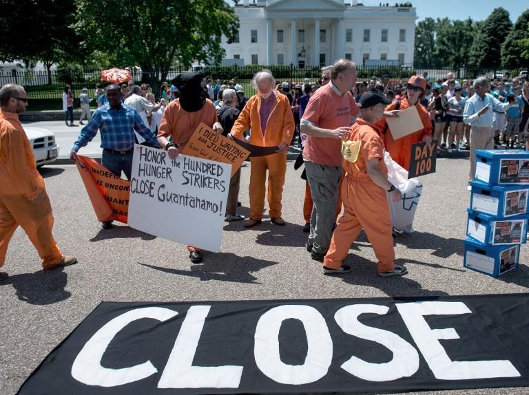 Узник  Гуантанамо обратился к читателям Twitter с призывом закрыть тюрьму