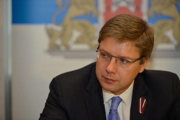 Мэр Риги объявил конкурс на лучшее прозвище для министра обороны Латвии