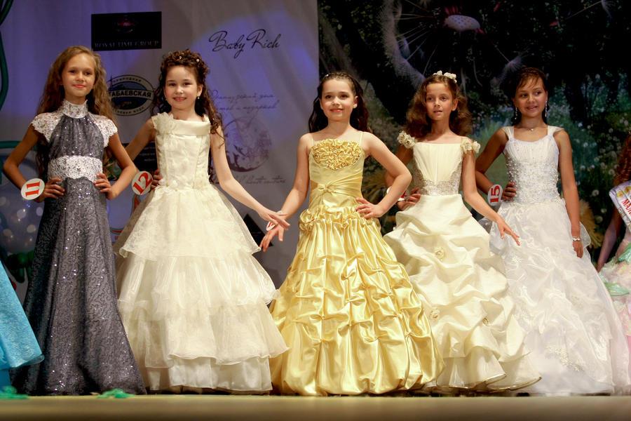 Госдума может запретить проведение детских конкурсов красоты