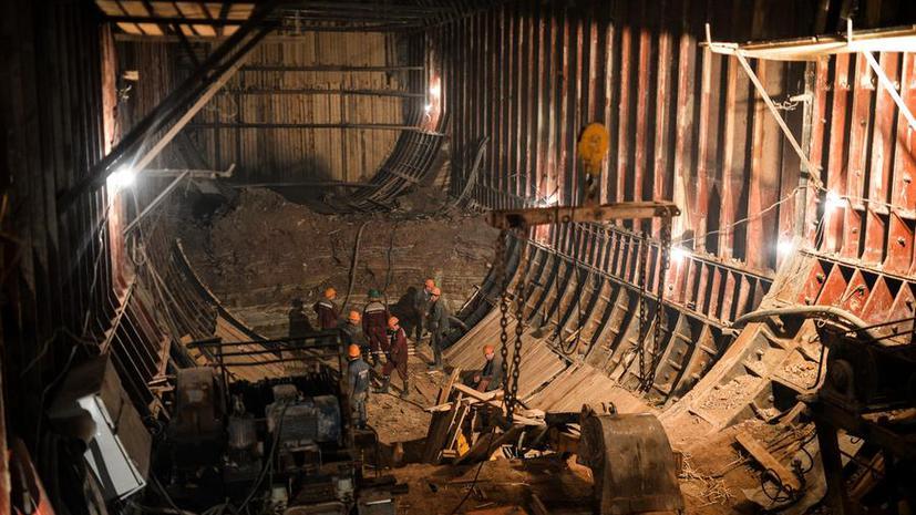 Волнения на Украине препятствуют строительству московского метро