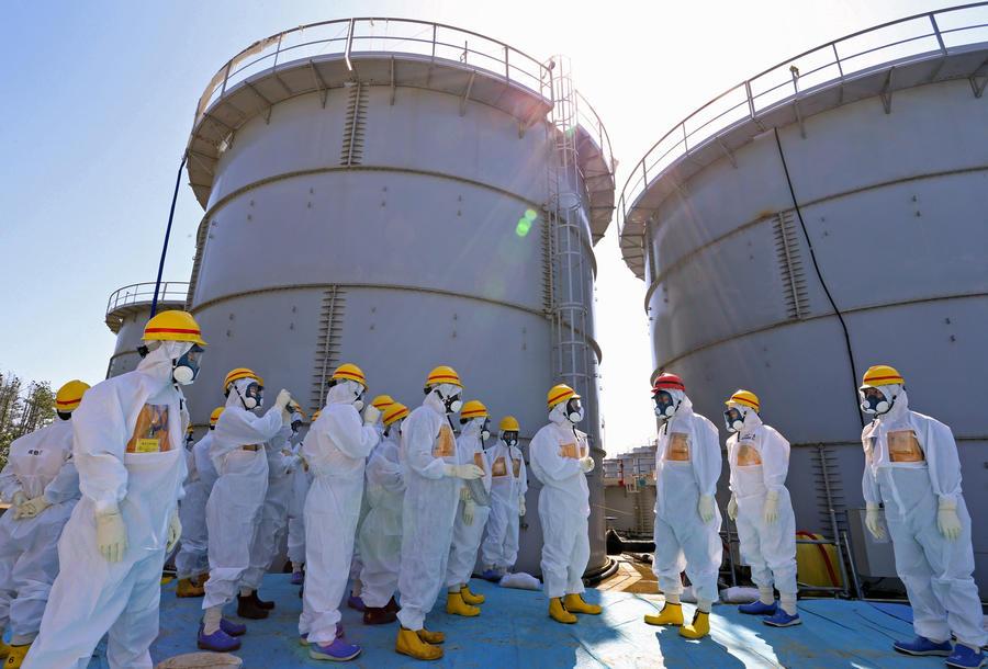 Лист промышленной резины стал причиной остановки системы по очистке воды на АЭС Фукусима